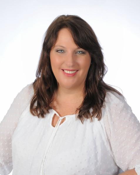 Angela Pitts